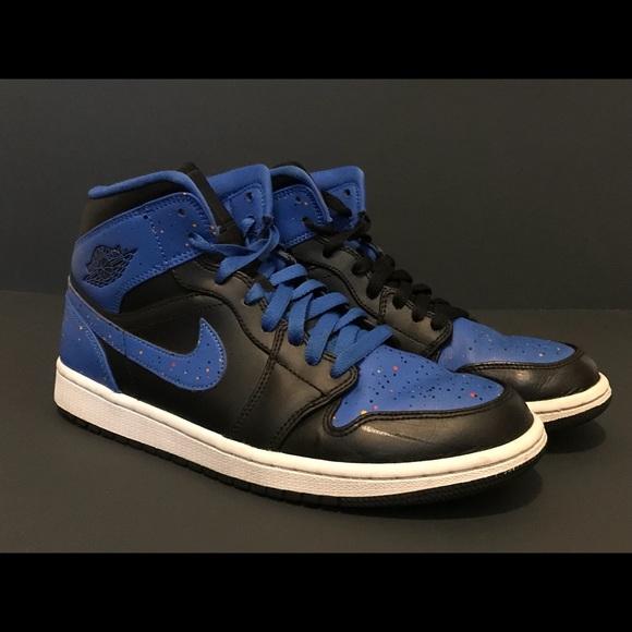 new products 5bb77 c4dad Jordan AJ 1 Mid